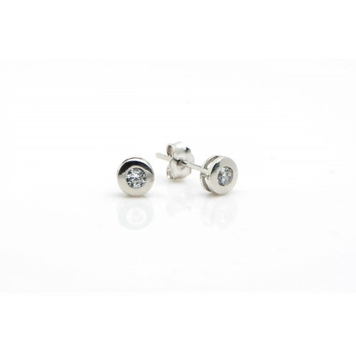 Round Stud Earrings in 14k...